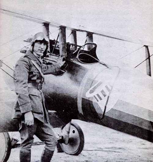 Eddie Rickenbaker in Vickers armed Nieport 28