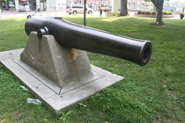 picture of Dahlgren gun